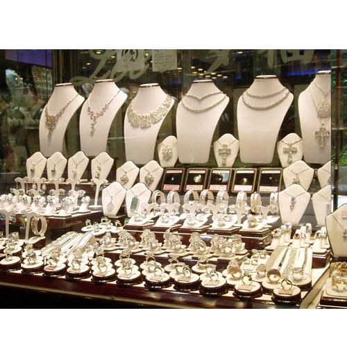 Sistema de reconocimiento facial para la gestión de vitrinas en joyerías