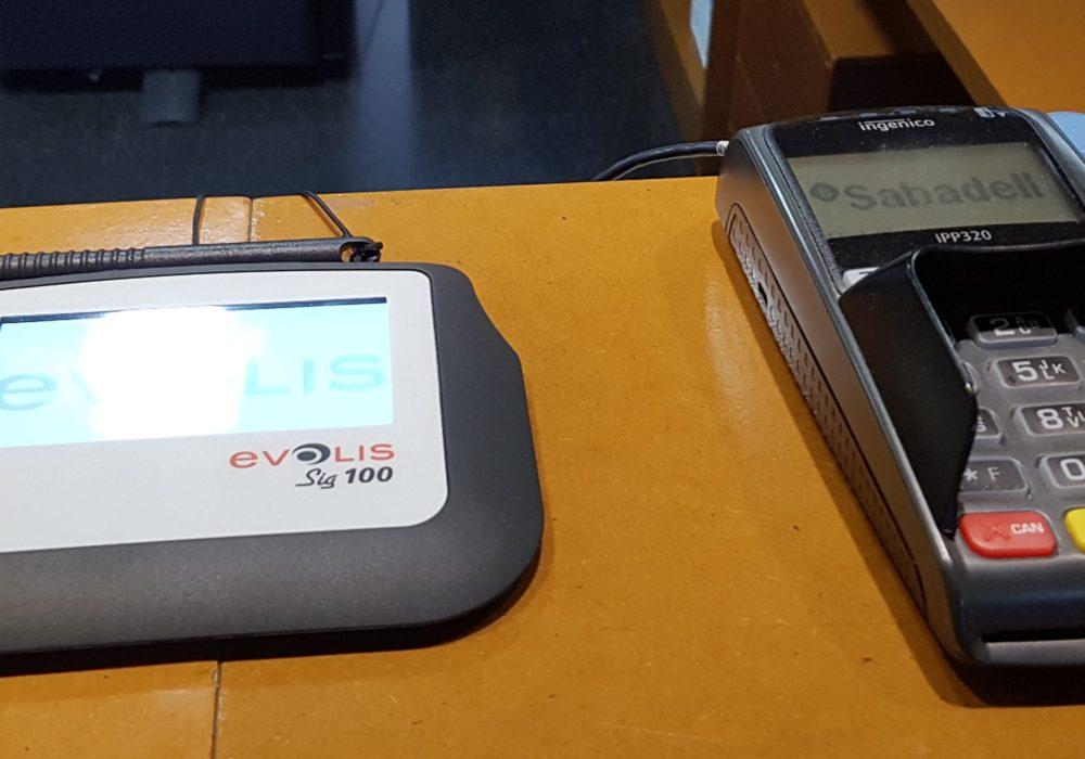 Tableta de firma digital en centros deportivos